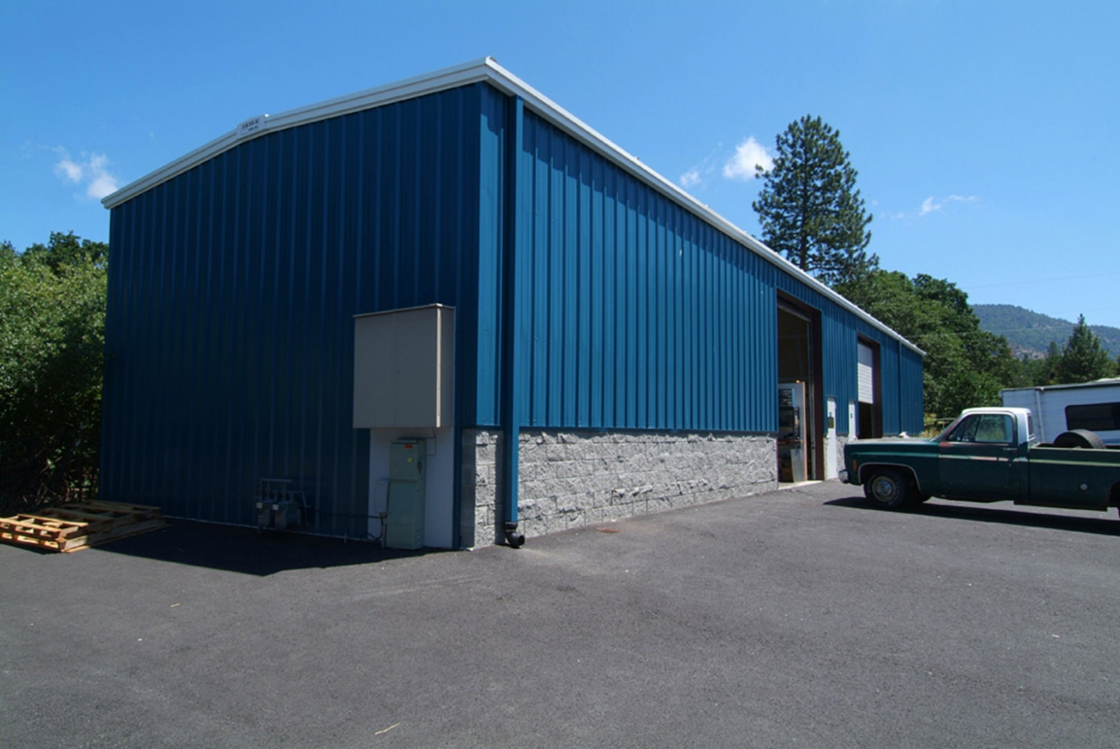 R Amp M Steel Windows For Metal Building